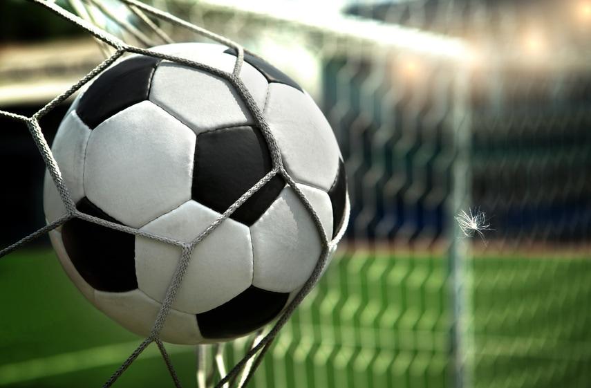 Optimale Flüssigkeitszufuhr im Fußball